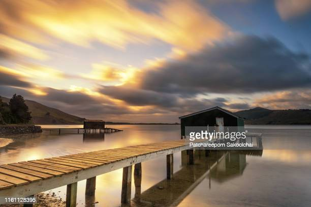hoopers inlet - pier stock pictures, royalty-free photos & images