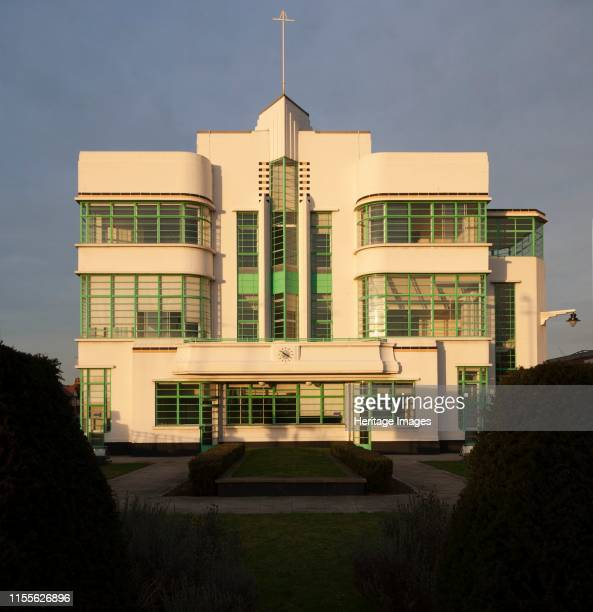 Hoover Building Western Avenue Perivale Ealing London 2008 General view of the former factory's canteen block from the south The clean lines of the...