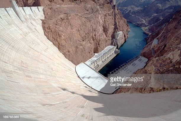 CONTENT] Hoover Dam once known as Boulder Dam is a concrete archgravity dam in the Black Canyon of the Colorado River on the border between the US...