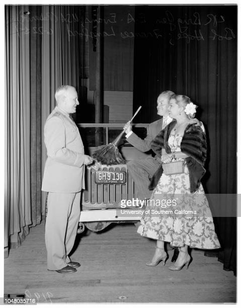 Hope and Langford awards June 22 1951 Bob HopeFrances Langford Patty TaylorShirley TaylorBeverly TaylorJane Russell E A Evans United States of...
