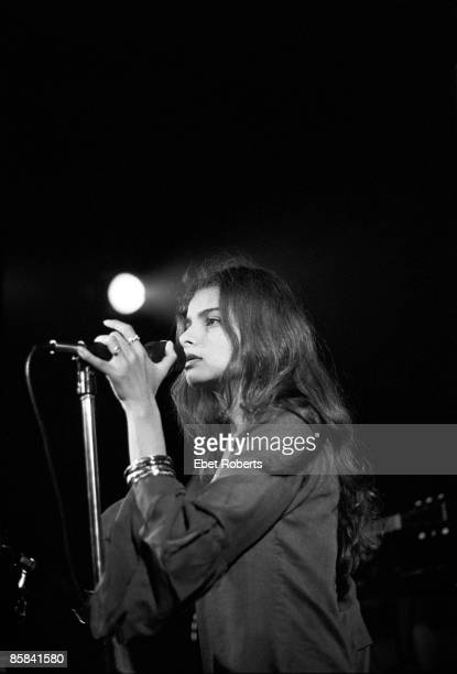 Hope Sandoval performing with Mazzy Star at Woody's in New York City on August 9 1990
