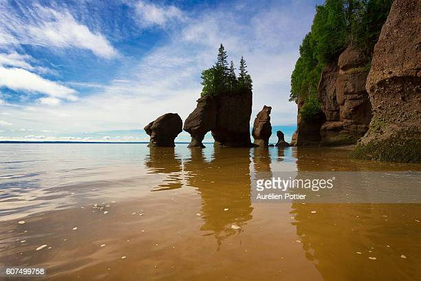 Hopewell rocks, Lovers Arch at high tide