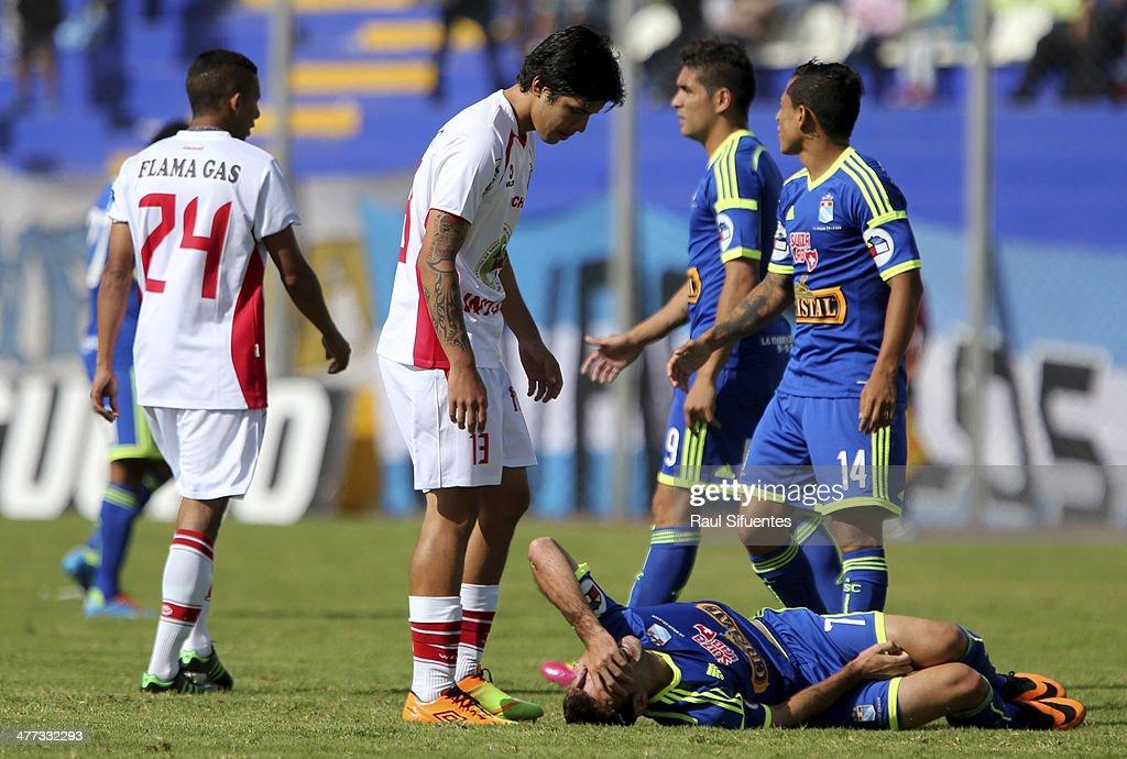 Inti Gas v Sporting Cristal - Copa Inca 2014