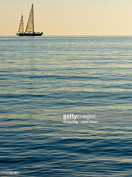 horizon - s0ulsurfing stock pictures, royalty-free photos & images