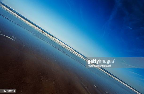 horizon, sea, sky - diagonal composition - azure natural background - marcoventuriniautieri stock pictures, royalty-free photos & images