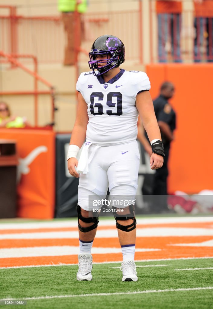 horned-frog-lineman-coy-mcmillon-during-