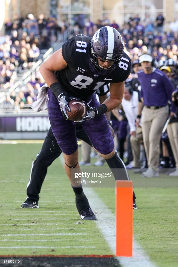 horned-frogs-tight-end-cole-hunt-makes-a