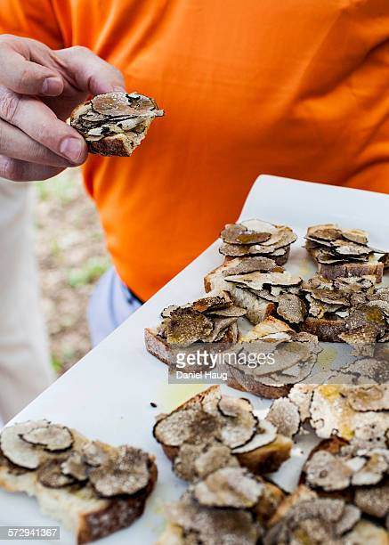 Hors-d'oeuvres of black truffles
