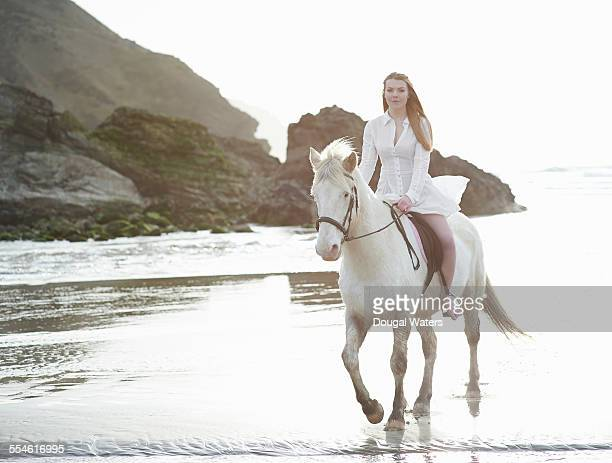 white horse beach single parent personals White horse is a song performed by american singer-songwriter taylor swift the song was written by swift and liz rose and produced by nathan chapman , with swift's aid the song was released on december 7, 2008 by big machine records , as the second single from swift's second studio album fearless (2008.