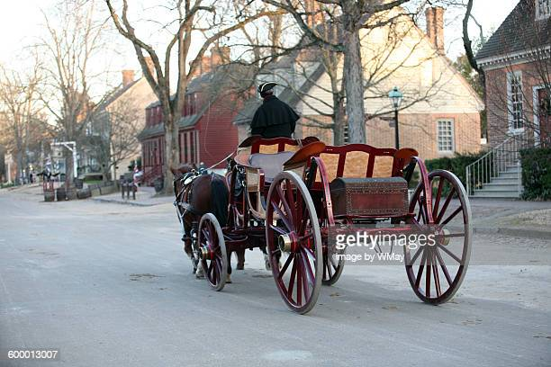 horse drawn carriage - williamsburg virginia stock pictures, royalty-free photos & images