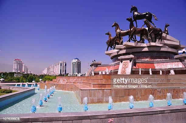 horse fountain, ashgabat - ashgabat stock pictures, royalty-free photos & images