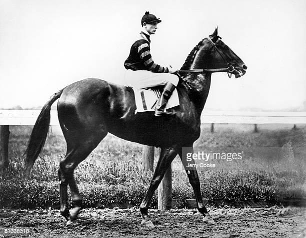 Horse Racing Clarence Kummer aboard Man o' War at Belmont Park Elmont NY 1/1/1919