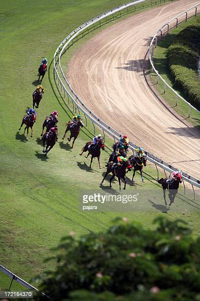 horse racing from above 3 - horse racing stock pictures, royalty-free photos & images
