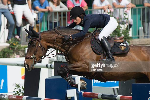 US horse rider Jessica Springsteen daughter of US singer Bruce Springsteen during the first journey of the International Horse Jumps Contest of...