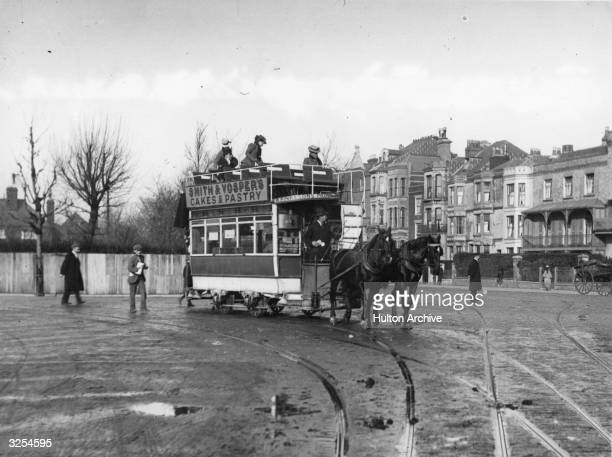 A horsedrawn tram at the King's road junction at Portsmouth shortly before the electrification of the system