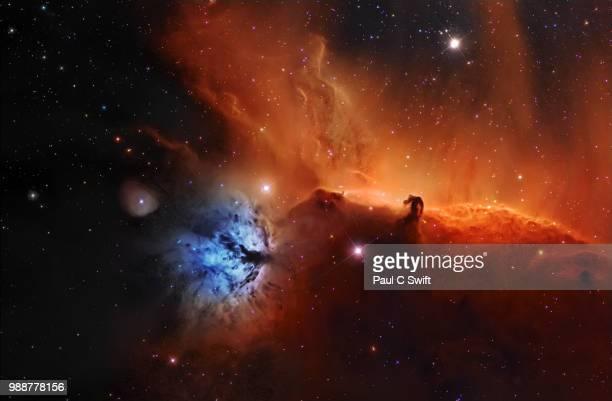 horsehead nebula, ic 434 narrowband - nevels en gaswolken stockfoto's en -beelden