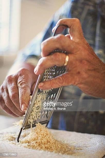 horseradish - 西洋わさび ストックフォトと画像