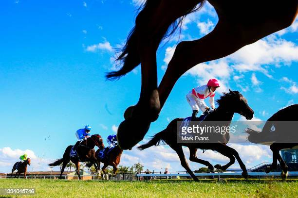 Horses are seen competing in race 5 the Midway Handicap during Sydney Racing at Kembla Grange on August 14, 2021 in Kembla, Australia.