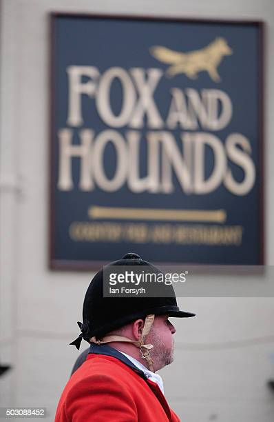 Horses, riders and hounds from the Cleveland Hunt prepare to ride out on the traditional New Year's Day hunt on January 1, 2016 in Guisborough,...