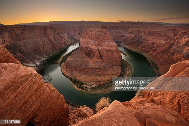 horseshoe bend after sunset - yuan quan stock pictures, royalty-free photos & images