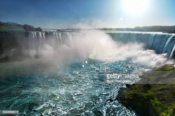 horseshoe falls at niagara falls, ontario, canada - niagara falls stock pictures, royalty-free photos & images