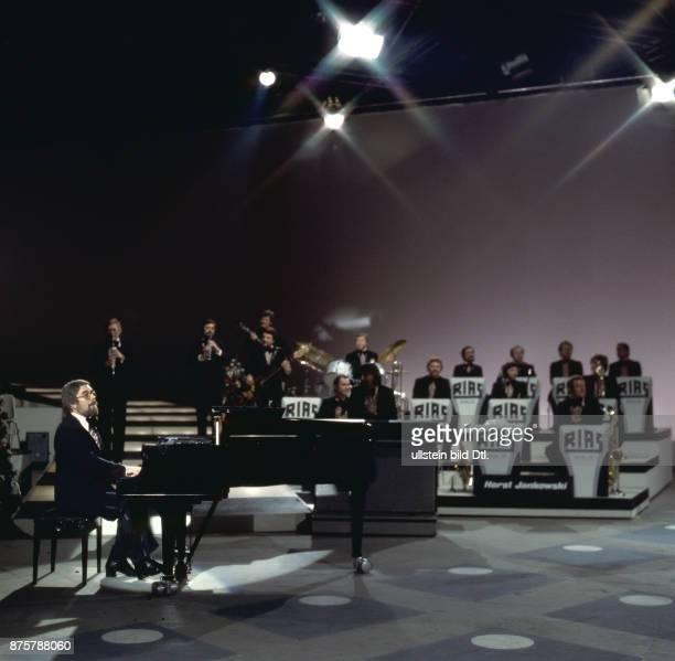 Horst Jankowski mit dem RiasTanzorchester bei Musik ist Trumpf