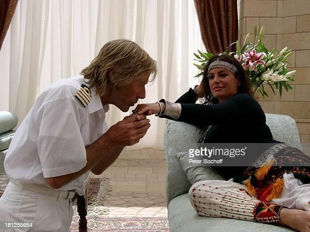 Horst Janson Christine Neubauer ARDSerie 'Unter weißen Segeln' 3 Folge Gizeh/Ägypten/Afrika Handkuss Kapitän Uniform 'Kleopatra' Stirnband...