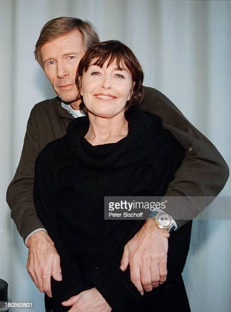 Horst Janson Thekla Carola WiedARDReihe 'Lauter tolle Frauen' 'StudioHamburg' Hamburg ARDFilm 'Liebe Todund viele Kalorien'
