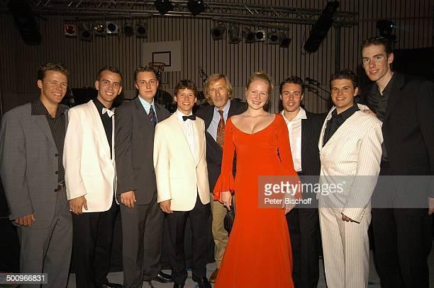 Horst Janson Tochter SarahJane Janson Max Greger jrjr restlichen Mitglieder der Musikgruppe 'SunshineSwingers' 'AbiBall 2004' München 19 062004...