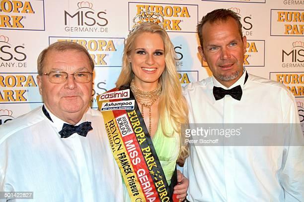 Horst Klemmer AnneKathrin Kosch Sohn Ralf Klemmer PK nach der Wahl zu 'Miss Germany 2011' 'Europa Park' Rust bei Freiburg BadenWürttemberg...