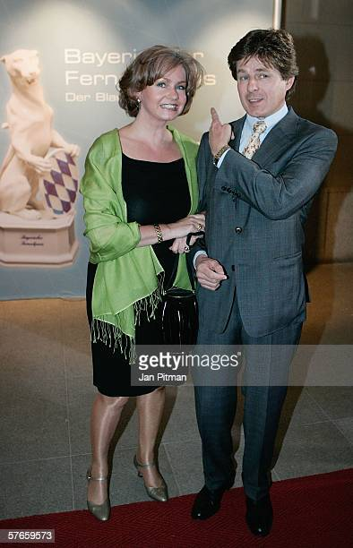 Horst Kummeth and his wife Eva attend the Bavarian TV Prize Blue Panther ceremony on May 19 2006 in Munich Germany