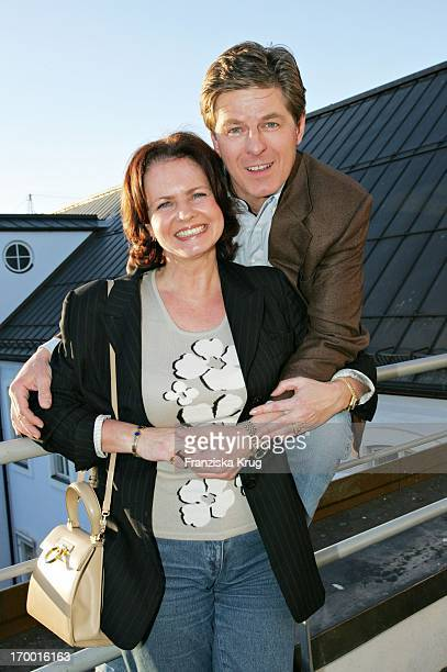 Horst Kummeth and wife Eva at the press cocktail Ndf After Work 2005 On The Season 8 in Munich 160305