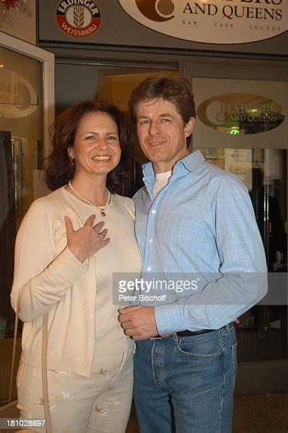 Horst Kummeth Ehefrau Eva ndFafterwork 2003 Pressecocktail München Harpers und Queens Frau Mann
