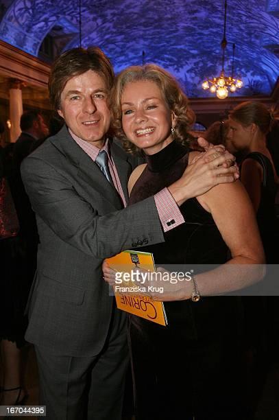 Horst Kummeth Und Ehefrau Eva Bei Der Verleihung Des 6. Internationalen Buchpreis Corine Im Prinzregententheater In München .