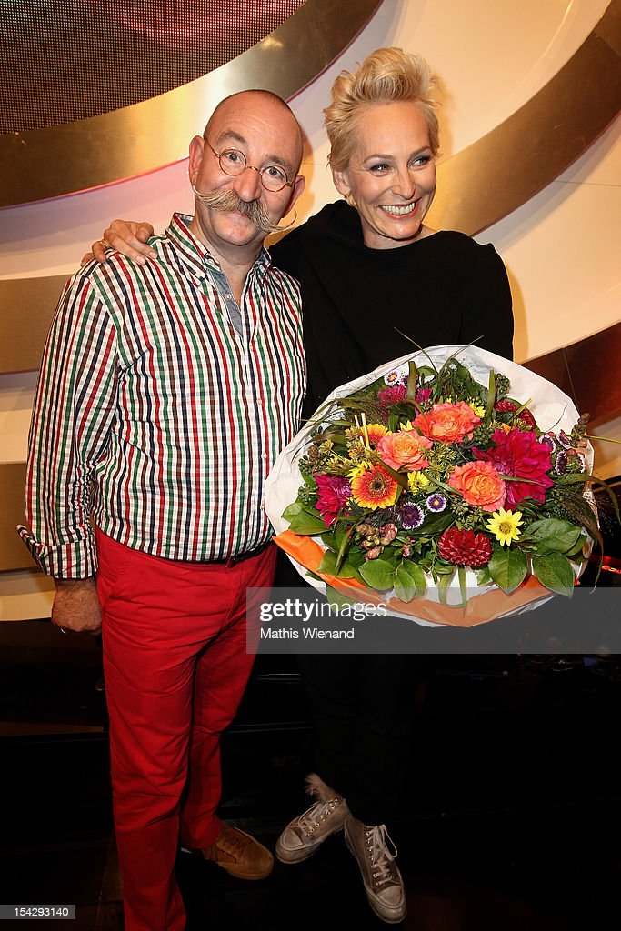 Horst Lichter and Baerbel Schaefer attend 'Die Quizshow' with Joerg Pilawa on October 17, 2012 in Cologne, Germany. The money goes to the 'Welthungerhilfe'!