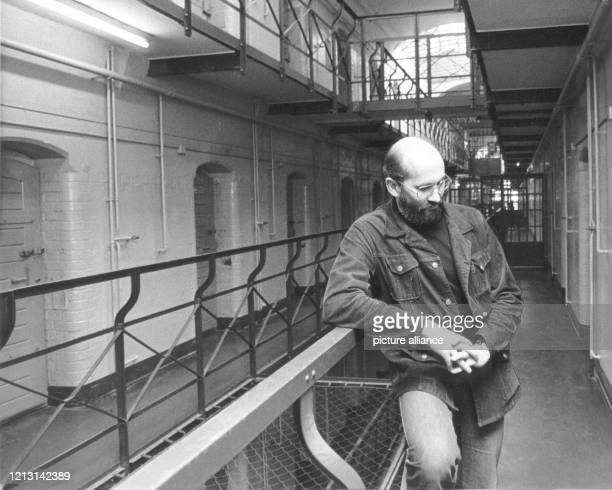 Horst Mahler im Zellentrakt der Berliner Haftanstalt Tegel am 28.3.1979. Der Rechtsanwalt war am 26.2.1973 vom 1. Strafsenat des Westberliner...