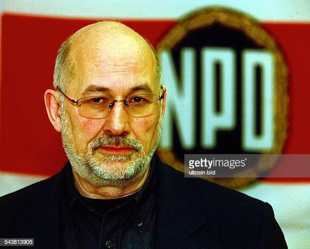 Horst Mahler, Rechtsanwalt aus Kleinmachnow bei Berlin, wird die NPD beim bevorstehenden Antrag auf Verbot der Partei beim Bundesverfassungsgericht...