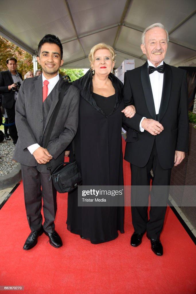 Horst Naumann With His Wife Martina Linn Naumann And Their Adoptiv
