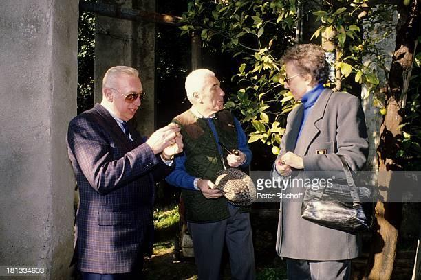 Horst Tappert , Graf Guglielmo Guarienti di Brenzone, Ehefrau Ursula, Urlaub, Gardasee, während seiner traditionellen Drehpause zur ZDF-Serie...