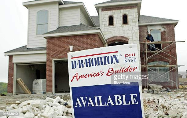 R Horton home is under construction in McKinney Texas Tuesday April 10 2007 DR Horton Inc the secondlargest US homebuilder reported its third...