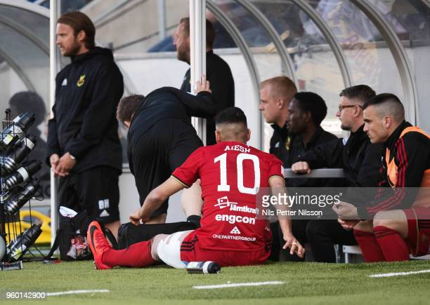 Hosam Aiesh of Ostersunds FK with his thigh in bandage during the Allsvenskan match between GIF Sundsvall and Ostersunds FK at Idrottsparken on May...