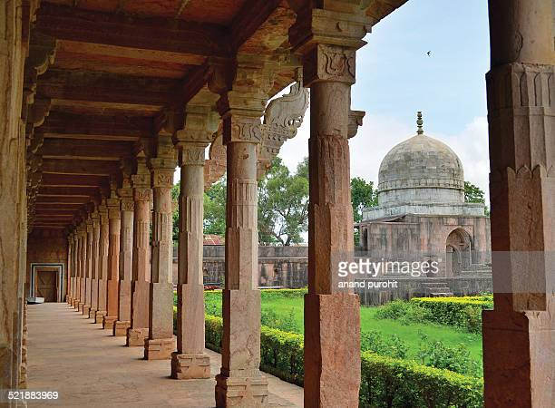 hoshang shah's tomb - hoshang shah's tomb stock pictures, royalty-free photos & images