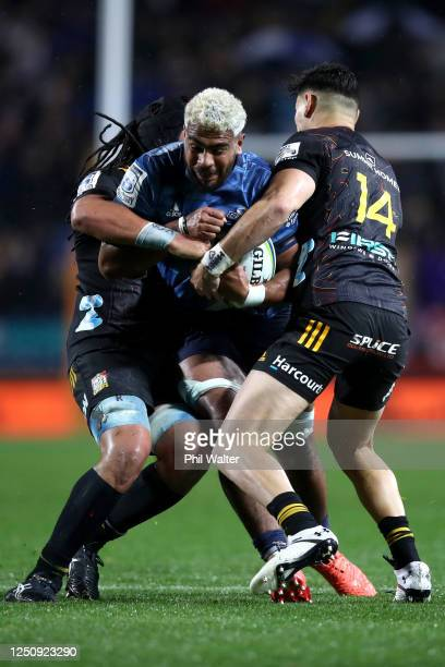 Hoskins Sotutu of the Blues charges forward during the round 2 Super Rugby Aotearoa match between the Chiefs and the Blues at FMG Stadium Waikato on...