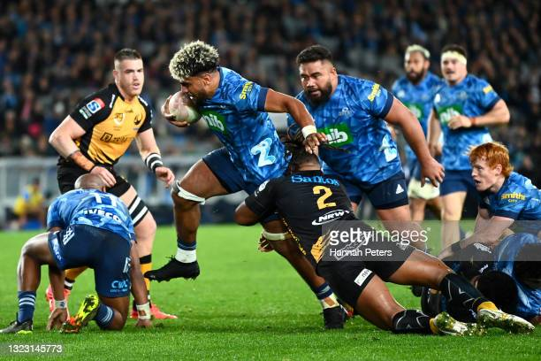 Hoskins Sotutu of the Blues dives over to score a try during the round five Super Rugby Trans-Tasman match between the Blues and the Western Force at...