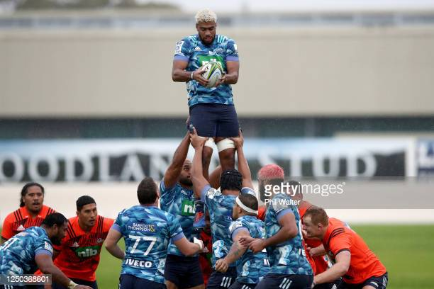 Hoskins Sotutu of the Blues takes the ball in the lineout during a Blues Super Rugby training session at Blues HQ on June 18 2020 in Auckland New...