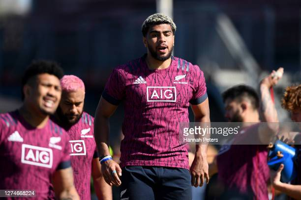 Hoskins Sotutu runs through drills during a New Zealand All Blacks training session at Rugby park on September 22 2020 in Whakatane New Zealand