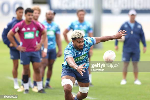 Hoskins Soututu of the Blues during a Blues Super Rugby training session at Alexandra Park on March 30, 2021 in Auckland, New Zealand.