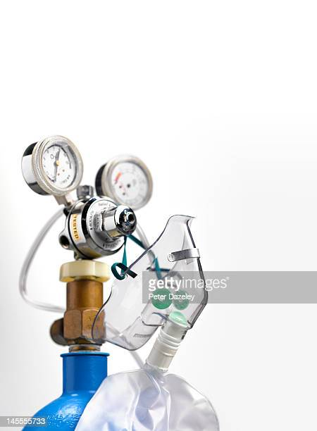 hospital gas and air tank - oxygen mask stock pictures, royalty-free photos & images
