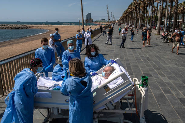 ESP: Barcelona Hospital Takes Recovering Coronavirus Patients To The Seaside