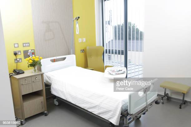 hospital room - recovery stock pictures, royalty-free photos & images